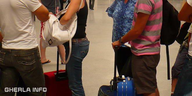 aeroport cluj turist bagaje
