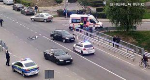accident gherla str clujului biciclist politie ambulanta